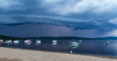 Environment Canada Has Issued Severe Thunderstorm Watches & Warnings Across Quebec