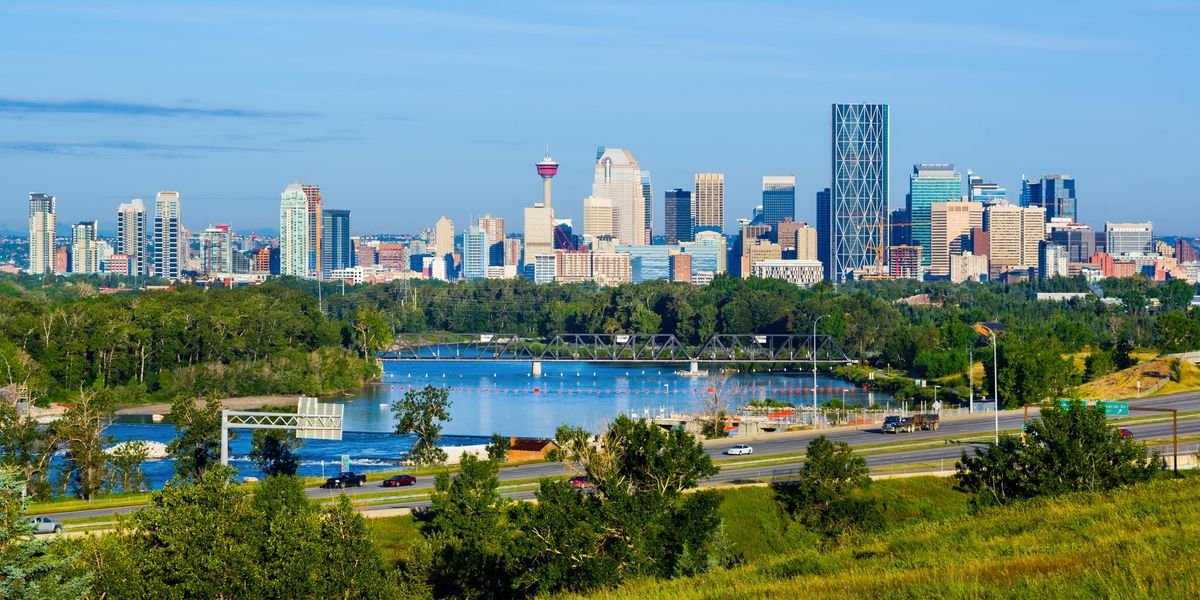 Montrealers Can Get Round-Trip Flight Tickets To Calgary For Under $350 Right Now