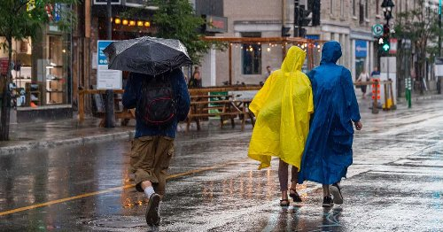 Get Your Umbrellas Out — It's Supposed To Rain A LOT This Week