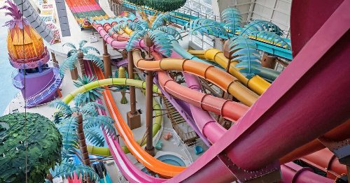 A New Massive Indoor Waterpark Is Being Built In Quebec Over The Next Few Years