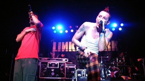How Linkin Park's Hybrid Theory Design Helped Define The Band