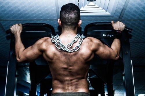 Treine seu cérebro e obtenha maiores ganhos de massa muscular e definição
