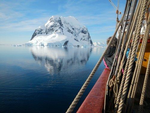 Así ha sido la batalla centenaria por explotar los recursos naturales de la Antártida