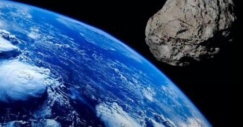 К Земле приближаются астероиды размером с футбольное поле: в NASA сделали заявление
