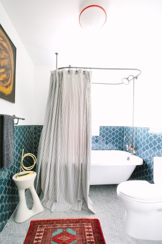 16 Stylish Shower Curtain Ideas to Instantly Upgrade Your Bathroom