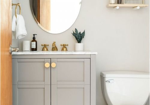 10 Tips to Make Your Bathroom Smell Good All the Time