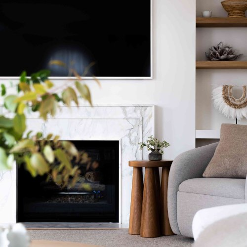 Ok So Is It a Family Room or a Living Room? An Expert Weighs In