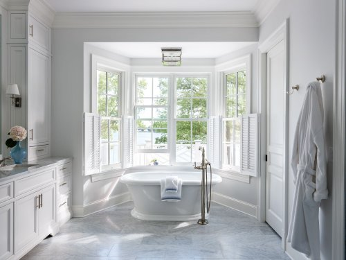 20 Luxurious Bathrooms Complete With Spa-Worthy Bathtubs