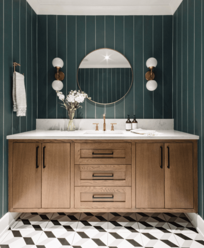 31 Ridiculously Pretty Bathrooms That Nailed Art Deco Style