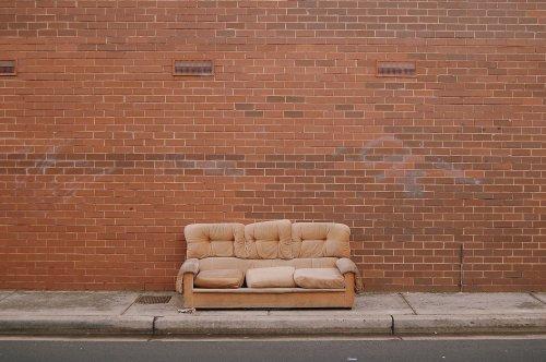 Tipps, um ein durchgesessenes Sofa zu retten