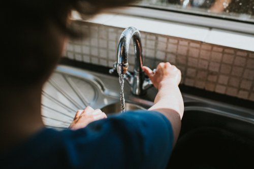 Einige Armaturen geben Schadstoffe ans Leitungswasser ab
