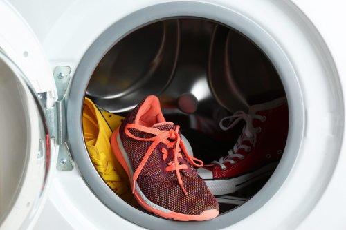 Welche Schuhe dürfen in die Waschmaschine – und welche nicht?