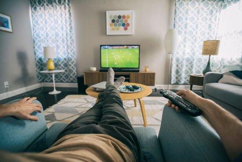 Warum man den Fernseher nicht mittig im Raum platzieren sollte