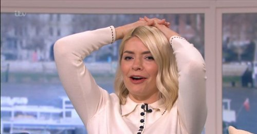 Holly Willoughby removes bath snap after fans point out she shared a little too much