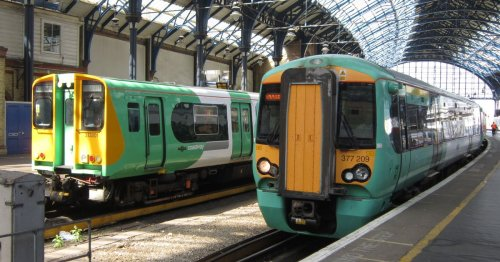 Major rail delays after 'body discovered' between East Croydon and Selhurst