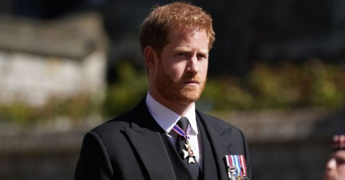 Harry's 'frosty reception' at Philip funeral saw three royals 'turn their back'