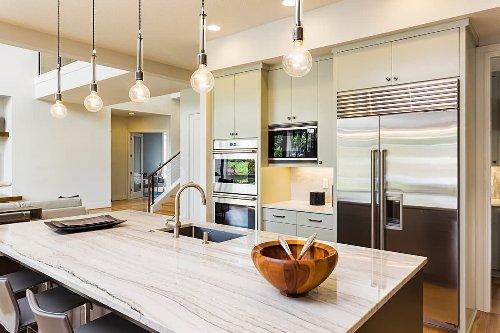Cucine di lusso, idee e consigli per arredare con stile ed eleganza la cucina [FOTO]