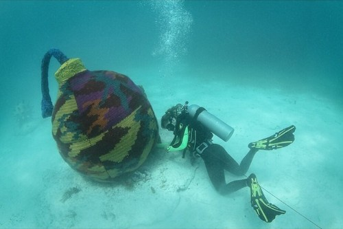 Artist Yarn-Bombs Underwater Objects to Promote Preservation of Marine Life