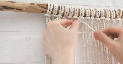 Learn How to Make 5 Essential Macramé Knots With These Illustrated Guides