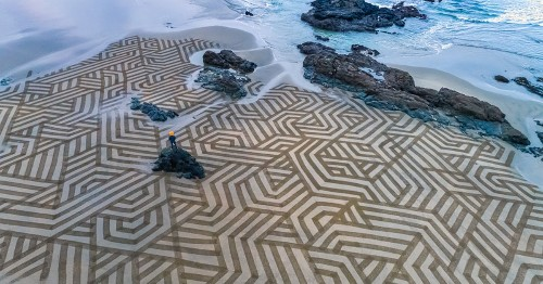 Artist Walks Along Shores To Create Massive Sand Designs Before High Tide Arrives [Interview]