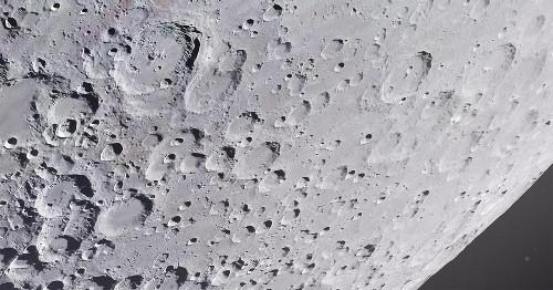 Astrophotographer Captures Extraordinary Details of Moon's Surface in 209-Megapixel Photo