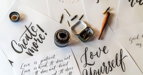 10 Best Western Calligraphy Workbooks to Practice Hand Lettering