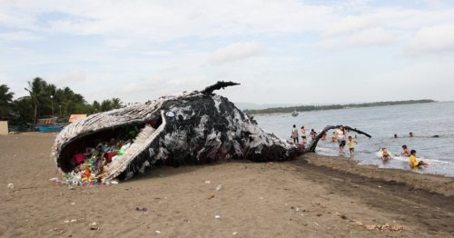 """Shocking Beached Whale Installation """"Washes Up"""" in the Philippines"""