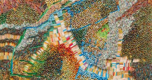 """Artist Creates Paper """"Seeds"""" to Compose Dense Landscapes of Unexpected Forms"""