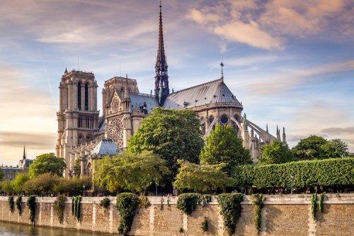 Notre Dame de Paris: Une source d'inspiration intemporelle des artistes