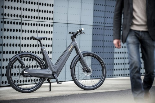 Sleek Carbon-Fiber Electric Bike Is Perfect for the Commuter
