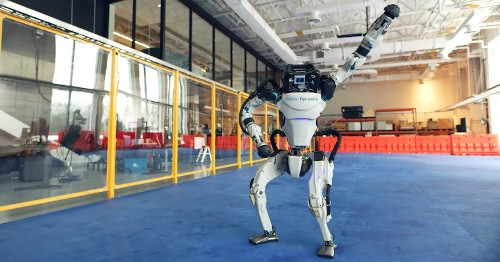 """Boston Dynamics Robots Celebrate New Year With Choreographed Dance to """"Do You Love Me?"""""""