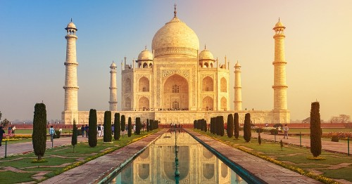 5 Incredible Facts About the Taj Mahal, an Icon of India
