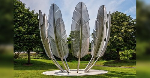 Feather Sculpture Pays Tribute to Native American Generosity to Irish During the Great Famine