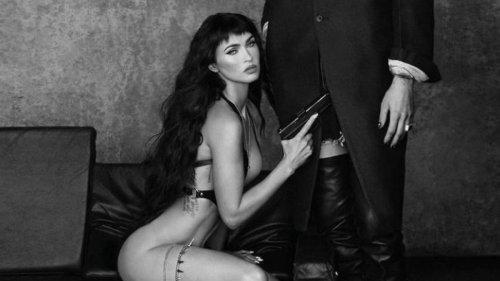 Megan Fox packt die Wumme aus