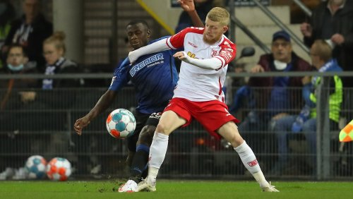 Schalke nach Last-Minute-Sieg nun Dritter