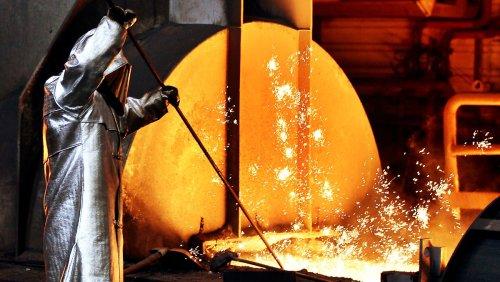Regierung und Stahlkocher machen Tempo