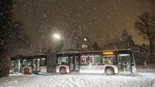 Hamburgs Hauptbahnhof wegen Schnee gesperrt