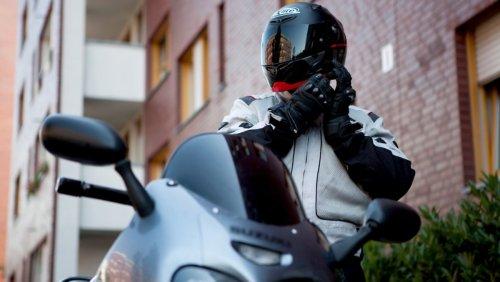 Motorradkleidung soll sitzen und schützen