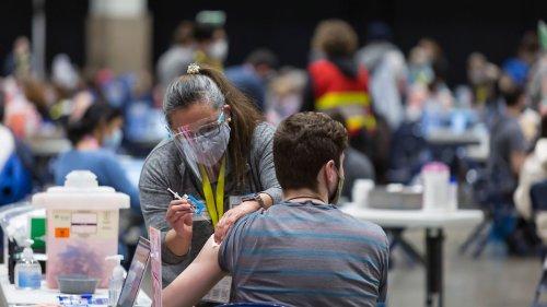 Fast jeder dritte US-Erwachsene voll geimpft
