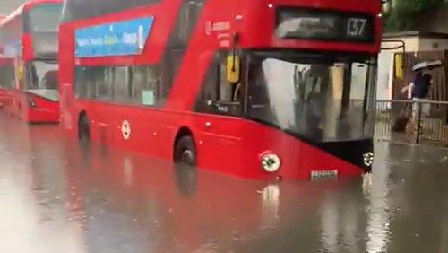 Überflutungen treffen London schwer
