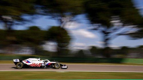 Vettel und Schumacher weit abgeschlagen