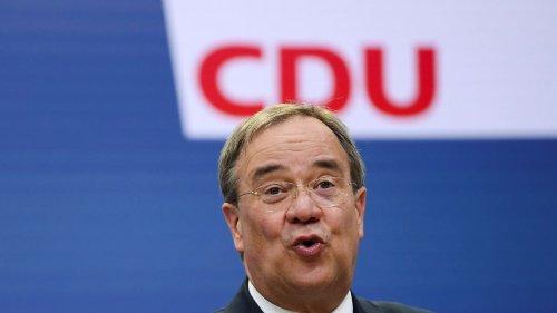 Union rückt in Umfrage an SPD heran