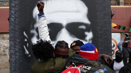 Prozess gegen Kollegen von Chauvin im George-Floyd-Fall auf 2022 verschoben