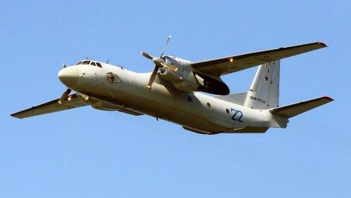 Mit sechs Personen besetzte russische Antonow vom Radar verschwunden