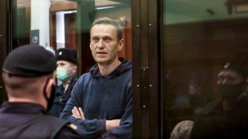 Regierung erwägt Sanktionen gegen Moskau