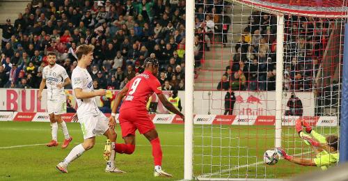 Salzburg bereits elf Punkte vorne