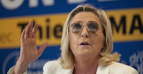 Schlappe für Le Pens Partei bei Regionalwahlen in Frankreich