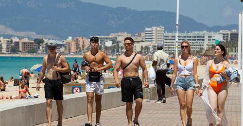 Mallorca verschiebt Sperrstunde auf zwei Uhr früh
