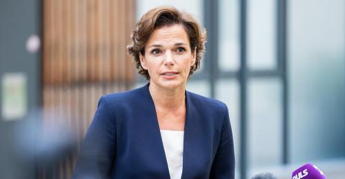 Rendi-Wagner lädt Thiem zu Impfgespräch