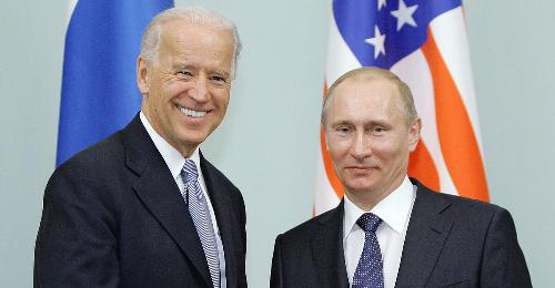 Kreml: Mögliches Treffen Putin-Biden auch online denkbar